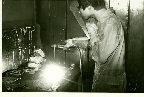 1976p14